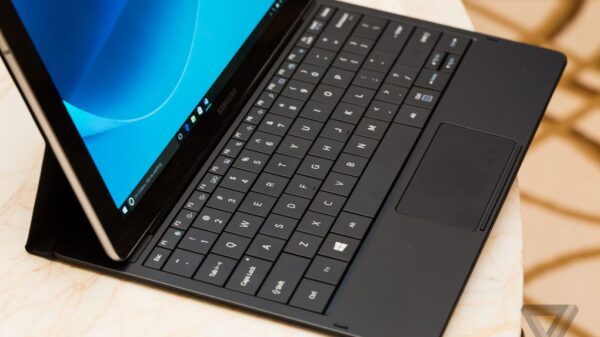 Samsung Galaxy Tab Pro S 600 01
