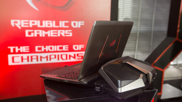 ASUS Preview Hands on ROG GX700 TH2016 12