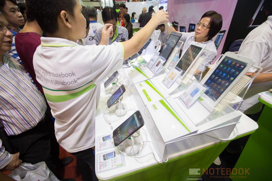 Acer TME 2016-10
