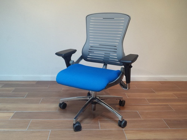 Gaming_Chair_ED-GM-5CH_Mid_Back_Office_Master_OM5_Ergonomic_Chair__lg