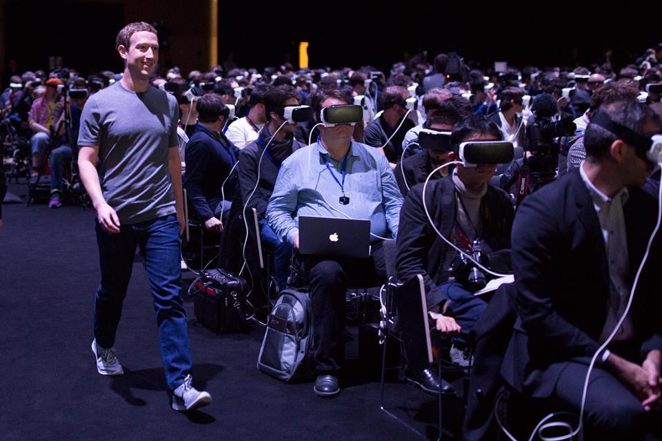 Mark Zuckerberg at samsung unpack Feb 2016 600 03
