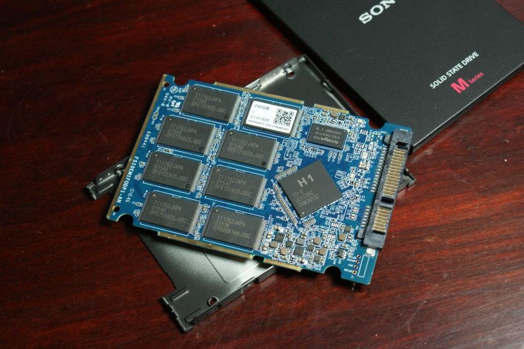 Sony SSD 600 03