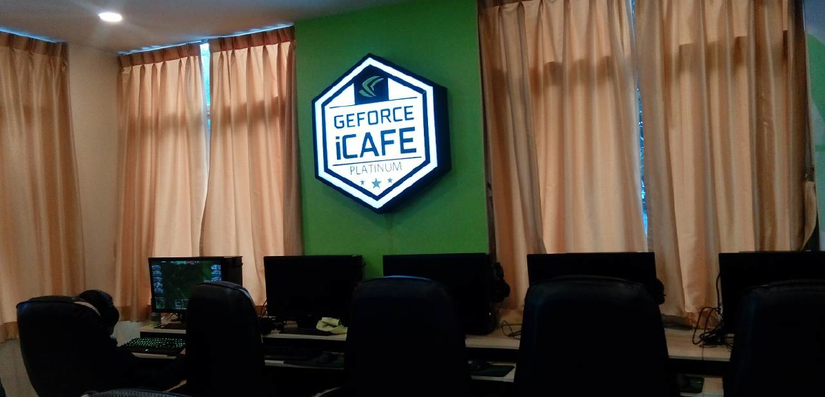 Xenith iCafe in Chiang Mai 600 01
