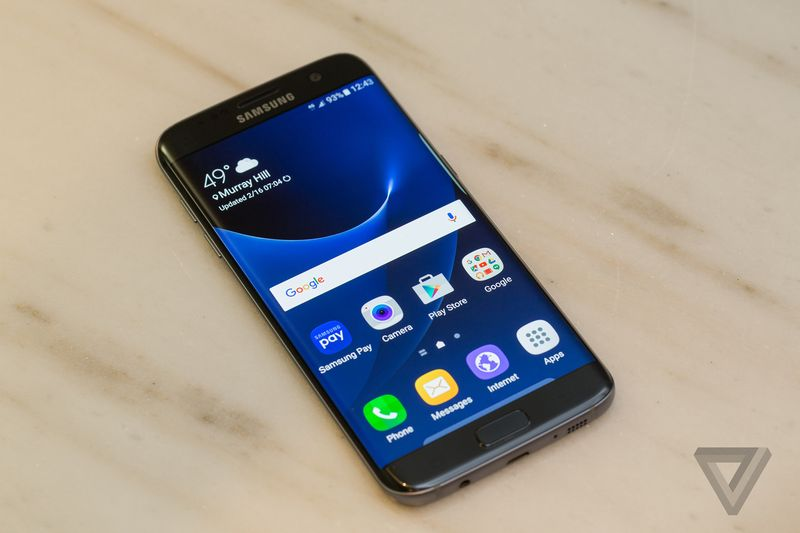 samsung-galaxy-s7-hands-on-sean-okane 600 01