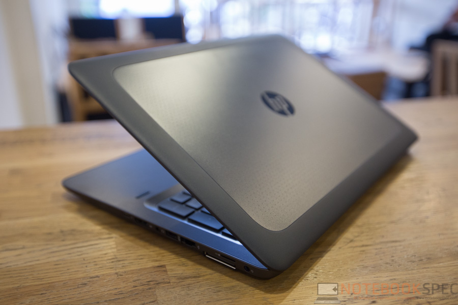 HP Zbook 15u G3 Mobile Workstation Review-24