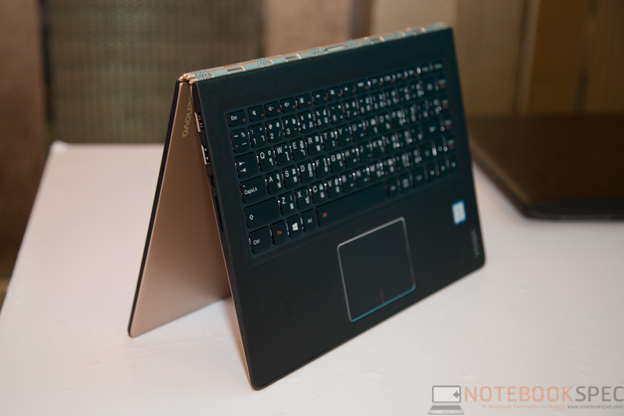 Lenovo YOGA 900 Preview-17