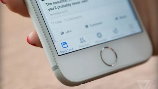 facebook news feed on iphone 600