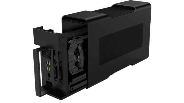 razer-core-600 03