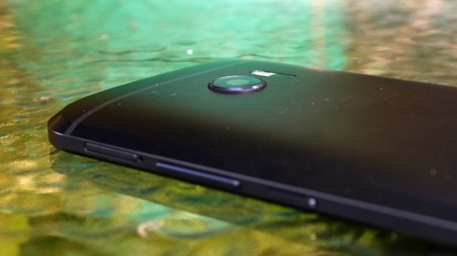 HTC m10-600 10