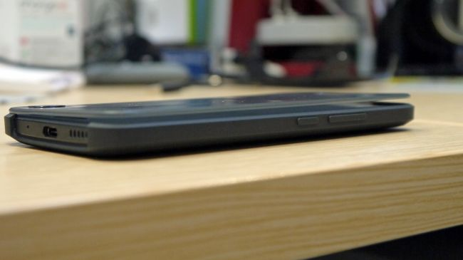 HTC m10-600 27