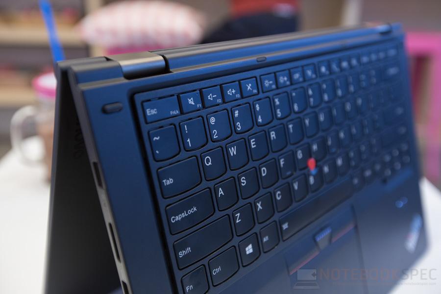 Lenovo ThinkPad P40 Yoga Review-57