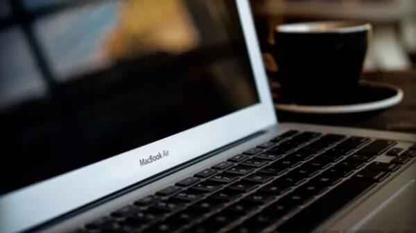 macbook air 13 600