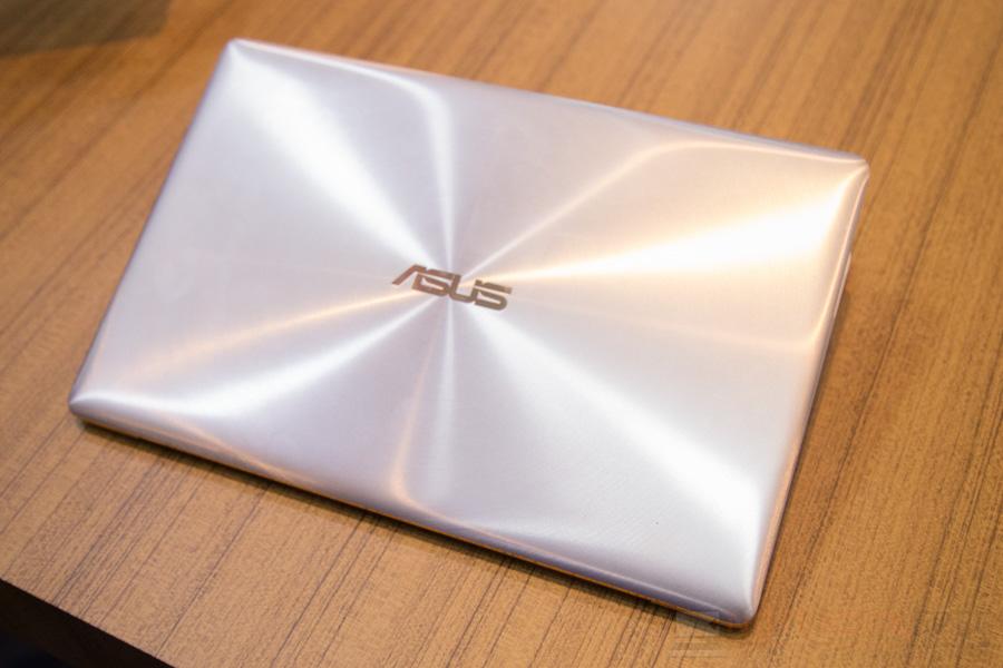 ASUS 1st Zenfone 3 Zenbook 3-22