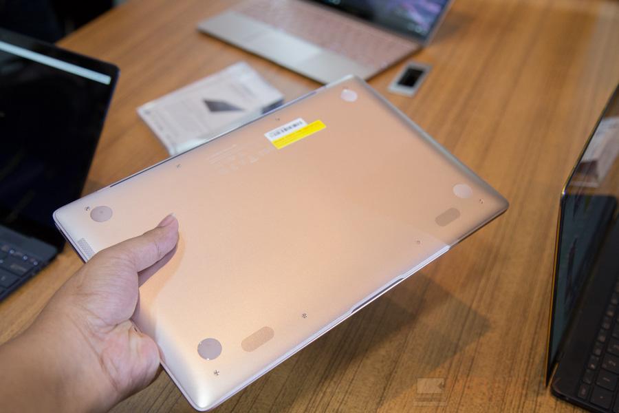 ASUS 1st Zenfone 3 Zenbook 3-24