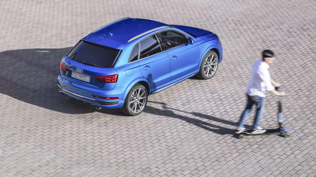 Audi has electric longboard hidden in cars bumper 600 05