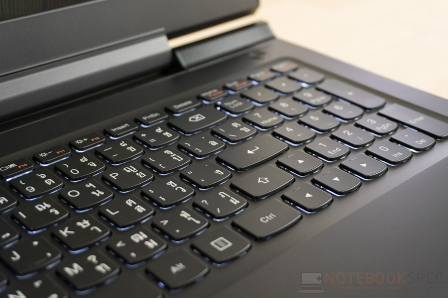 Lenovo ideapad 700 Review-10