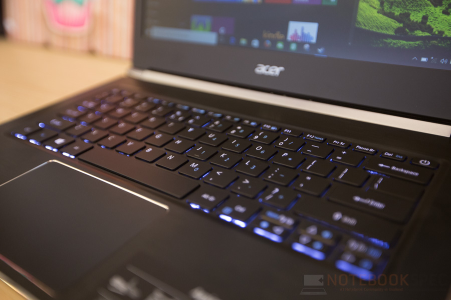 Acer Aspire S5 2016 Review-11