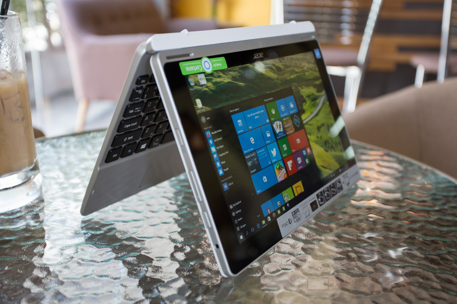 Acer Switch 10 2016 Review-29