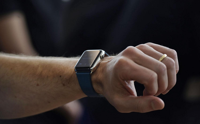 smartwatch 600