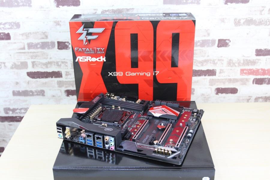 ASRock Fatal1ty X99 Gaming i7 (30)