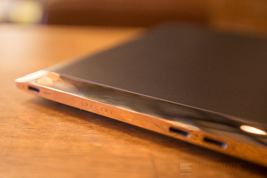 HP Spectre Review 2016-14