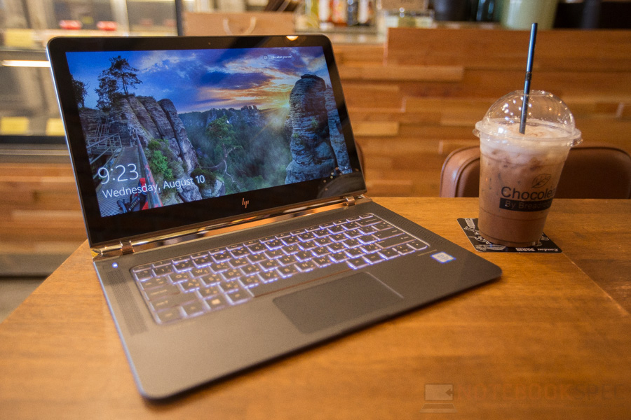 HP Spectre Review 2016-23