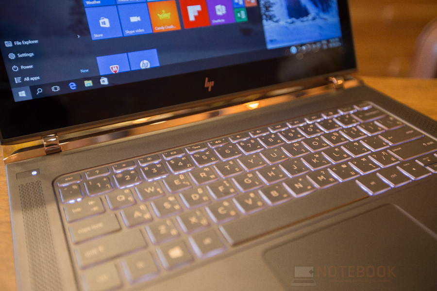 HP Spectre Review 2016-27