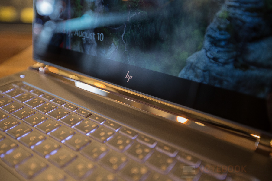 HP Spectre Review 2016-59
