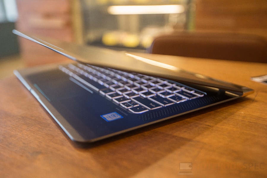 HP Spectre Review 2016-86