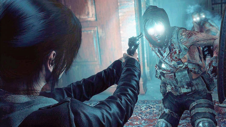 Lara-fights-with-zombies-in-the-trailer-for-the-new-DLC-Rise-of-the-Tomb-Raider