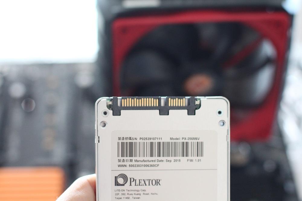 Plextor M6V (7)
