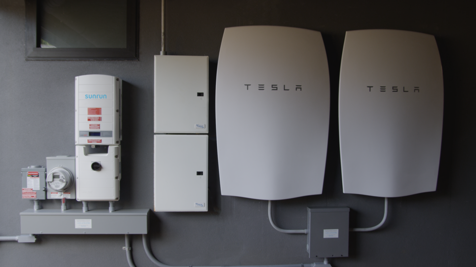 Tesla Powerwall battery system 600 02