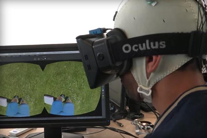 Virtual reality and exoskeletons helped paraplegics walk again 600 01