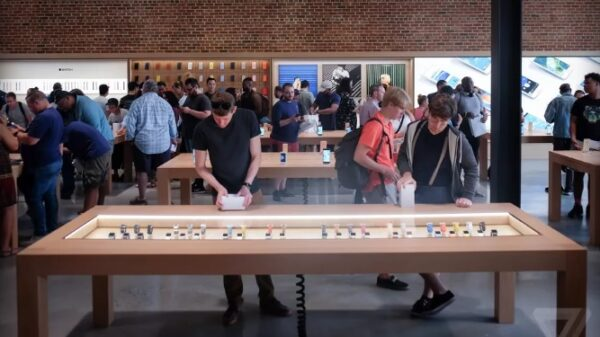 apple store change name to apple 600 01