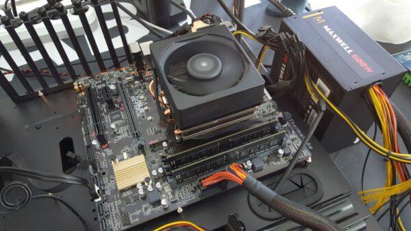 AMD A12 9800 APU OC 1