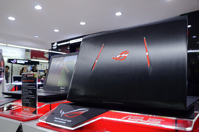 asus-rog-experience-shop-by-j-net_4