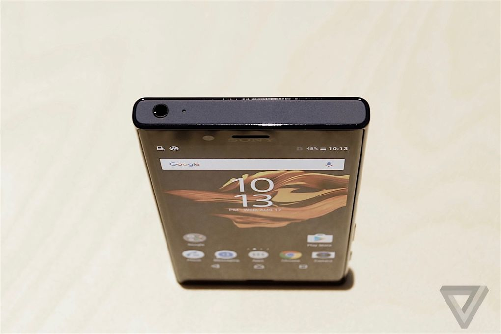 SONY XPERIA X Compact 600 20