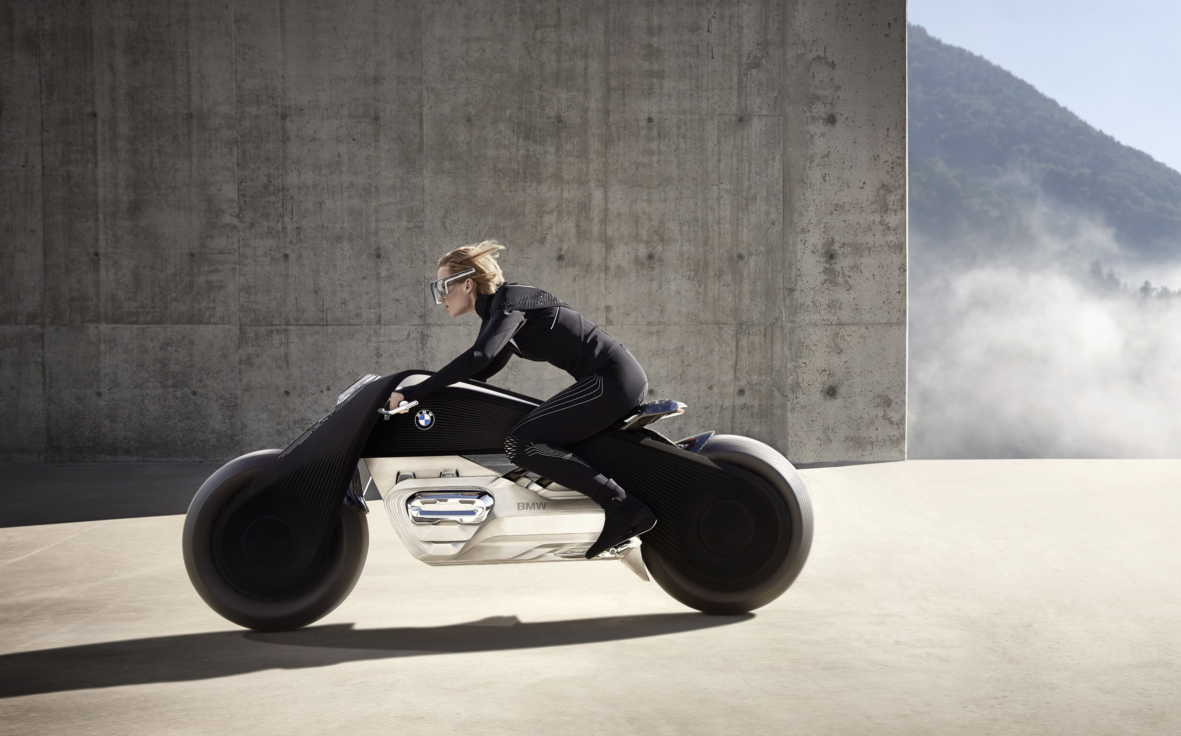 bmw-motorrad-vision-next-100-600-01