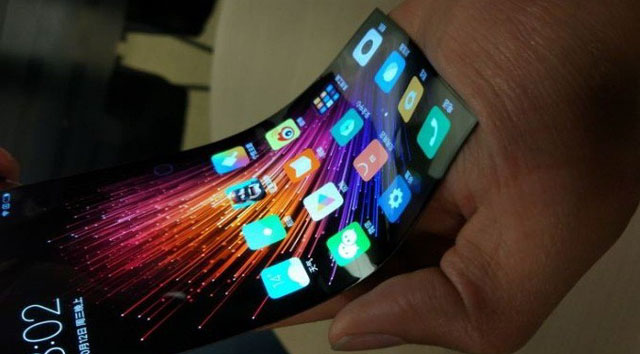 future-technology-concept-of-flexible-display-for-xiaomi-smartphone-600