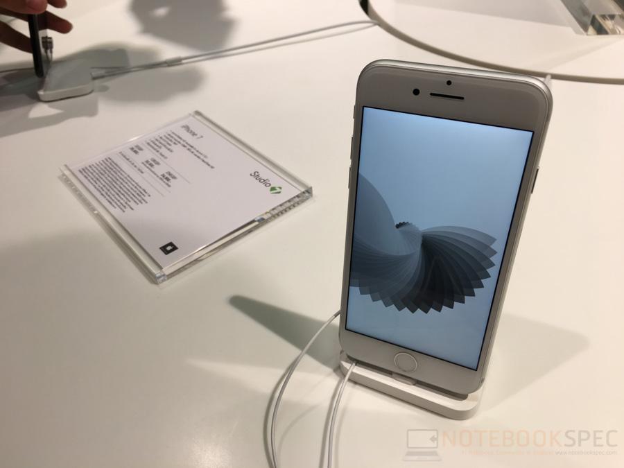 studio-7-iphone-7-2