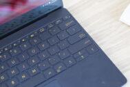 ASUS ZenBook 3 UX390UA 10