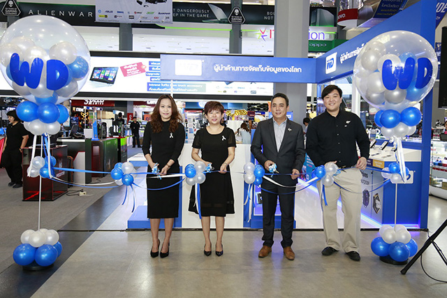 group-ribbon-cutting-1