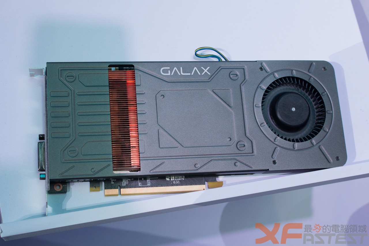 galax-gtx-1070-with-1-slot-600-02