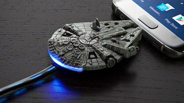 Star Wars Millennium Falcon 1