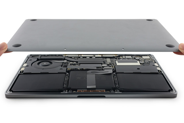 macbook_pro_2016_teardown_600