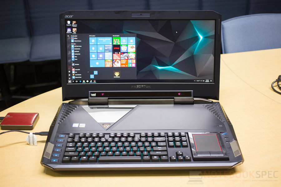 Acer Predator 21X Preview-4