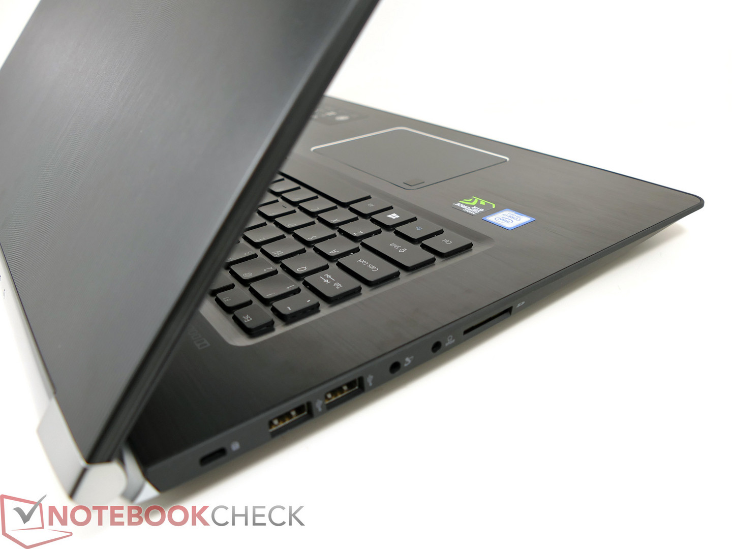 Acer Aspire V17 Nitro BE VN7-793G Notebook (GTX 1060 Black Edition) Review 600 06
