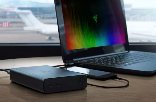 Razer Power Bank 600 01