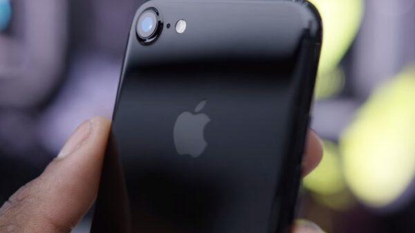 iPhone 7 600 01