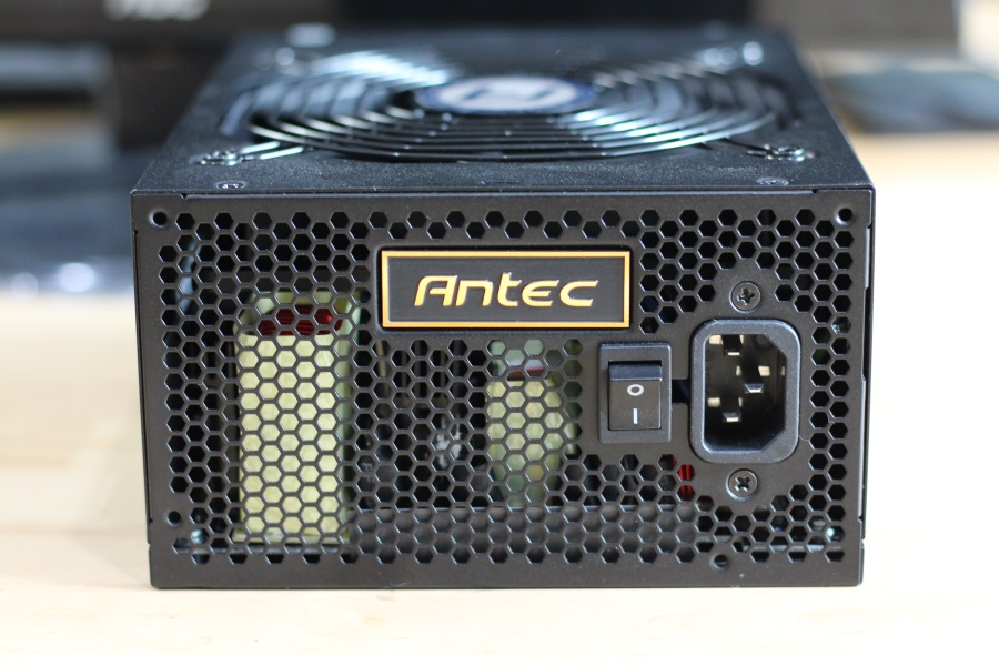 Antec High Current Pro 850W (30)